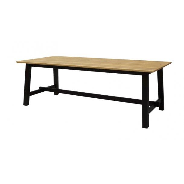 Ella spisebord 95 x 220 cm i vild eg finer og stel i eg sort bejdset.