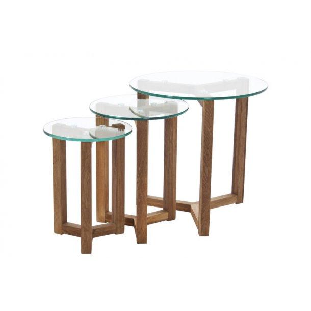 Sofabord Ollie som 3 indskudsborde i glas og massiv eg.