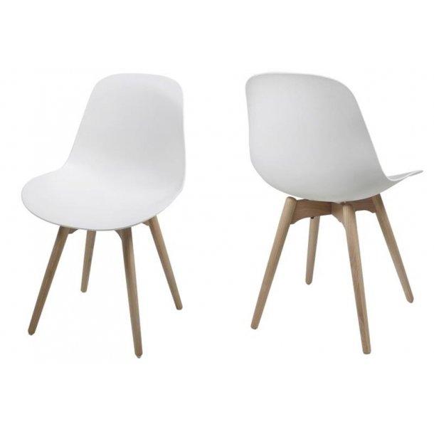 Salo spisestuestol, skalstol i hvid med ben i eg hvidpigmenteret lak.