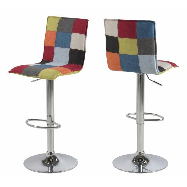 Anke barstol med trompetfod og i patchwork flerfarvet stof.