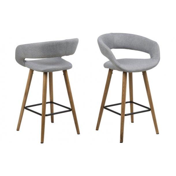 Gramma barstol højde 88 cm i lys grå med ege stel.