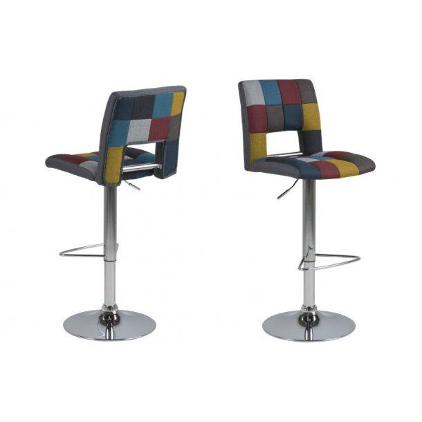 Sys barstol i Patchwork farver og med gaspatron.