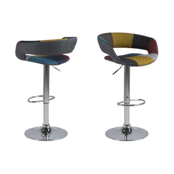 Gramma barstol i Patchwork farver med fod i chrome med gaspatron.