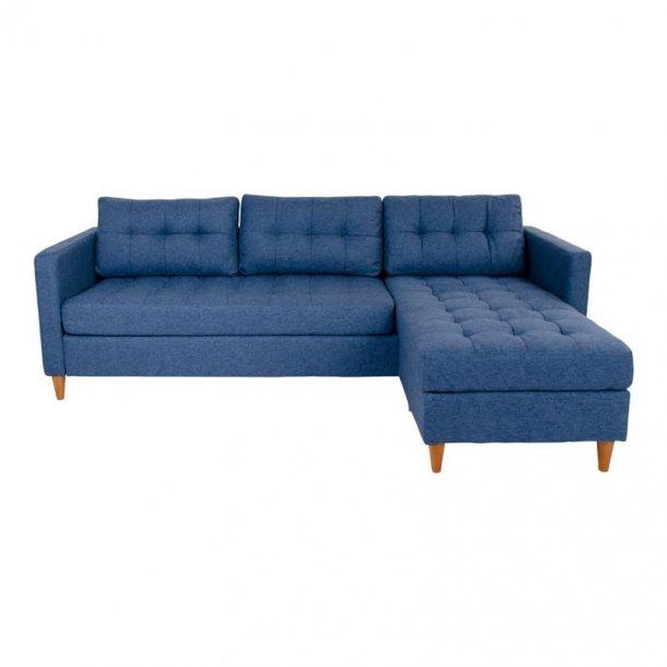 Mars sofa, chaiselongsofa højre eller venstrevendt i stof blå og med træben.