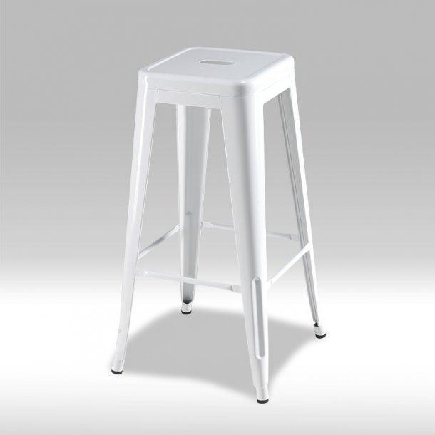 Kirsa barstol i hvidmalet lakeret stål.