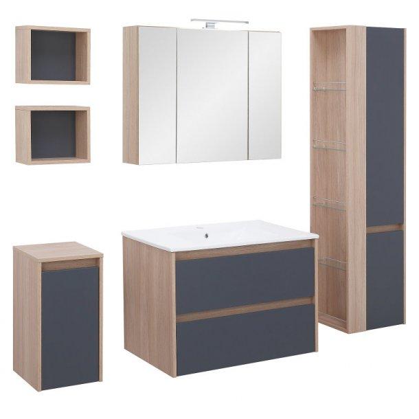 Badeværelse Natasja large opstilling hvor vask og spejlskab er 80 cm. Grå og egetræs dekor. Leveres færdig samlet.