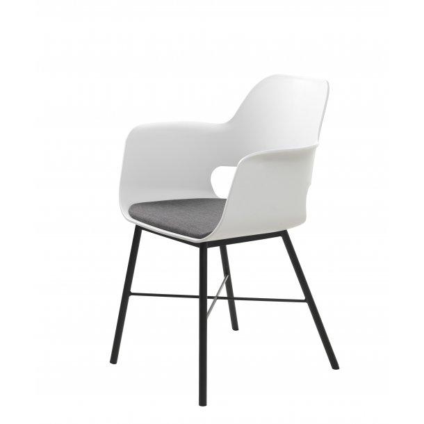 Whise spisestuestol med armlæn i hvid og grå, stel i sort metal.