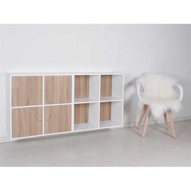 Stripe modulreol med 8 rum i hvidlakeret og 4 låger i 3D Sonoma eg.