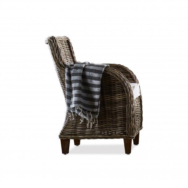 Baron lænestol som kurvestol natur rattan grå.