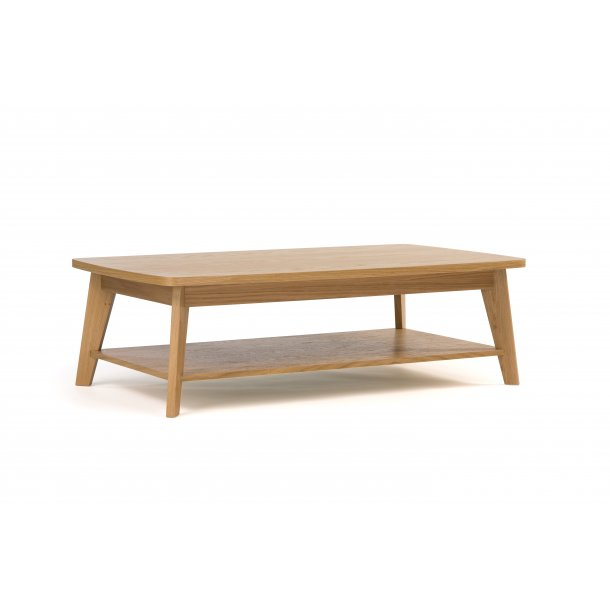 Kanny sofabord  afrundet bordplade og med 1 hylde ege finer og massiv eg.