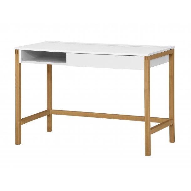 Normad skrivebord med 1 skuffe og hylder eg og hvid.