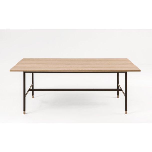 Julian spisebord 95 x 200 cm ege finer og sort metal.