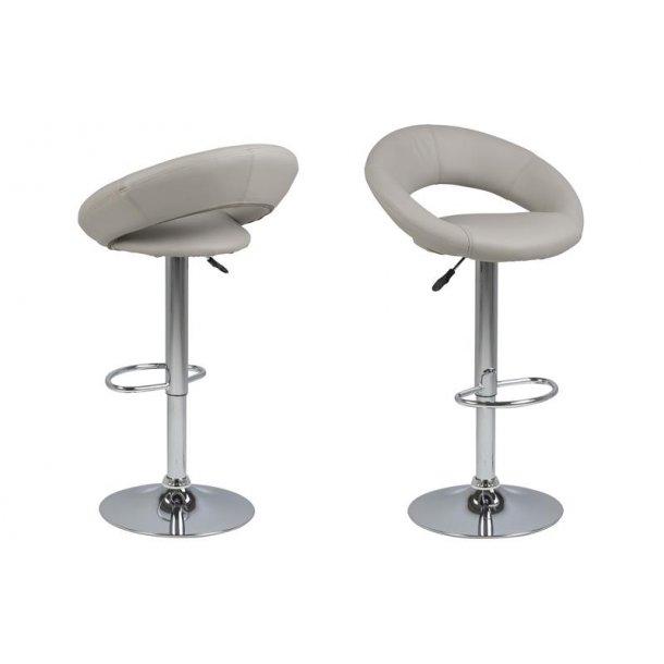 Plus barstol i taupe PU kunstlæder og med fod i chrome med gaspatron.