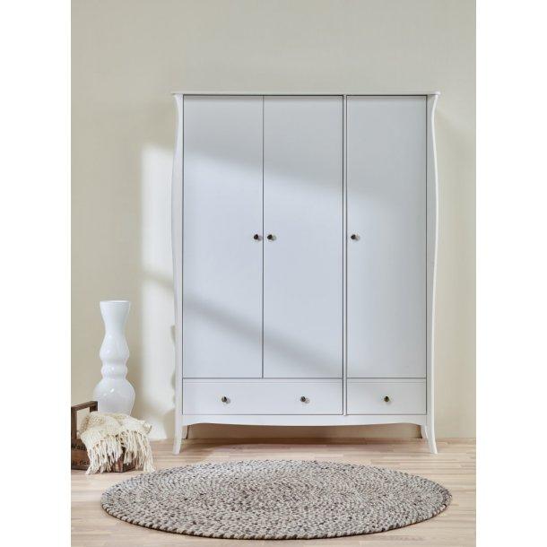 Baroque klædeskab 3 dørs med 2 skuffer bredde 143 cm, højde 192 cm i hvid.