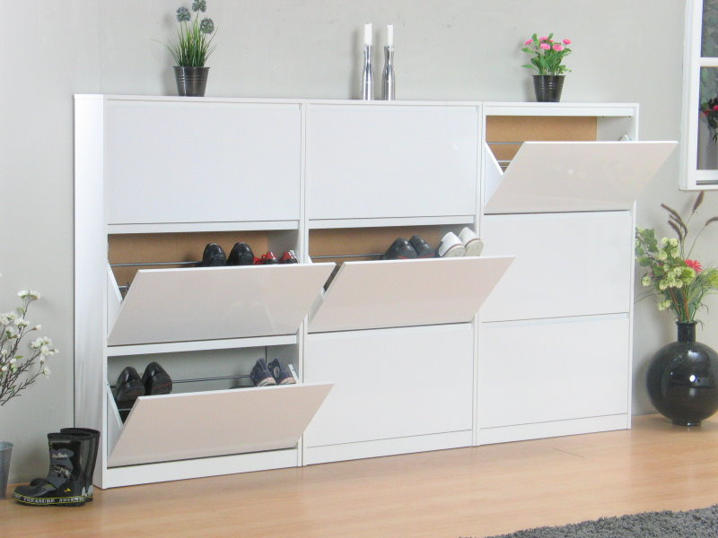 light schuhschrank mit 9 schubladen weiss hochglanz bestellen sie hier. Black Bedroom Furniture Sets. Home Design Ideas