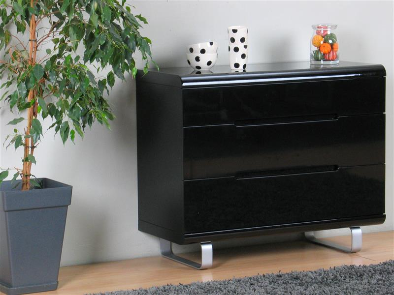 spacy kommode mit 3 schubladen in schwarz hochglanz bestellen sie hier. Black Bedroom Furniture Sets. Home Design Ideas