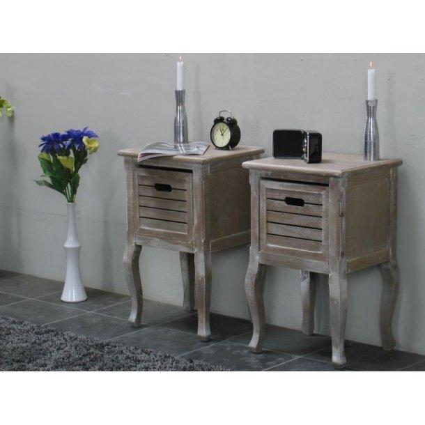 Madrid nattbord 2 stk. med 1 skuff, bredde 40 cm, høyde 65 cm white wash.