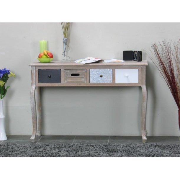 Madrid friserbord med 4 skuffer, bredde 110 cm, højde 74 cm.